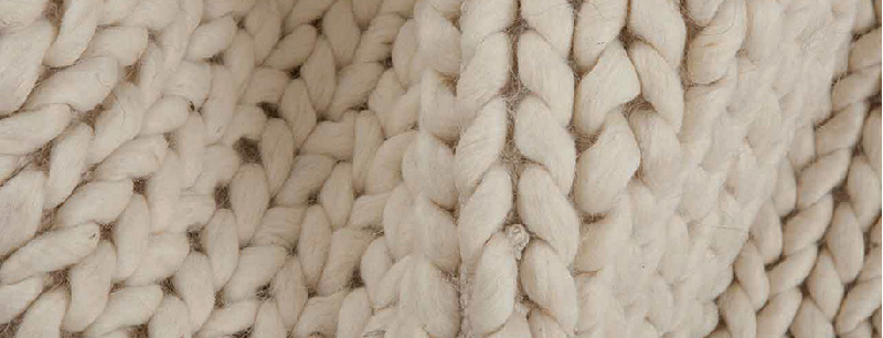 Sukhi tappeto in lana intrecciato