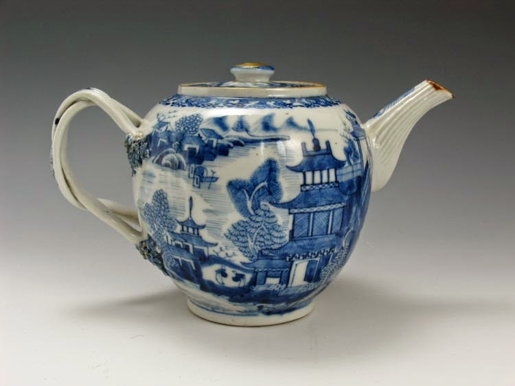 Chinese Porcelain, Bronzes, Carpets, Paintings From North ...