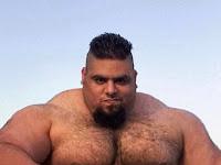 'Hulk' dari Iran Siap Berperang Melawan ISIS