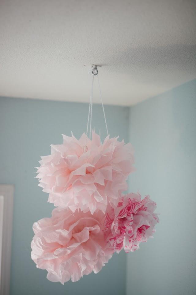 GOLDMINE JOURNAL: DIY // Tissue Paper Pom-Poms