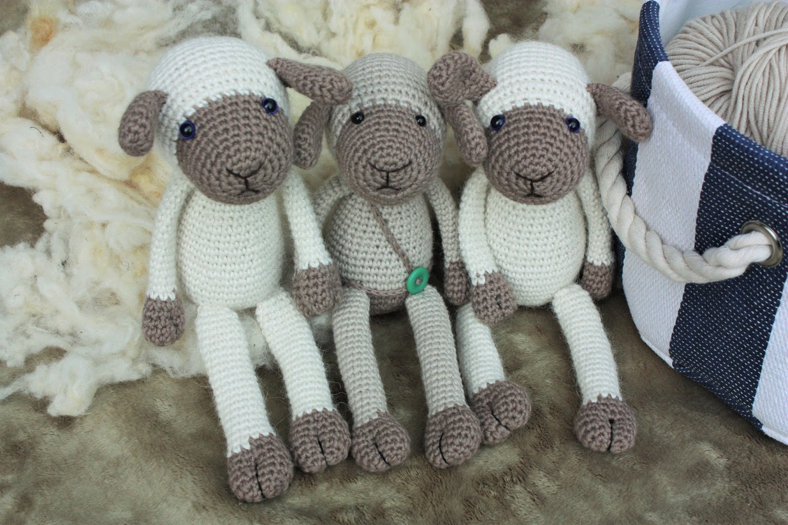 Crochet Patterns Tutorial : HAPPYAMIGURUMI