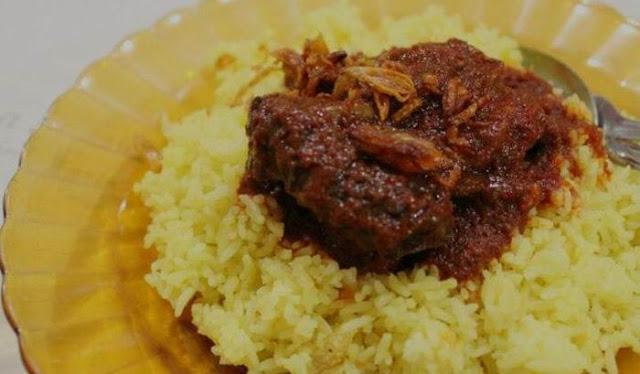 Nasi Kuning Masak Habang