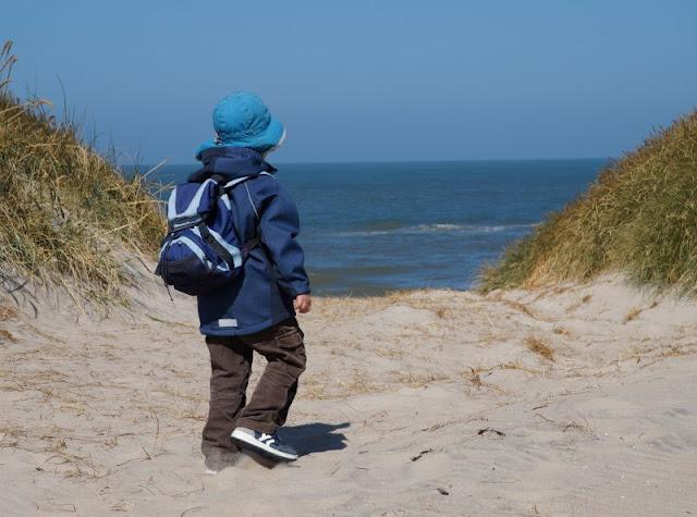 """Seid Ihr auf der Suche nach Urlaubstipps im Norden, interessiert Euch das Thema """"Urlaub mit Kind"""" oder wollt Ihr nachlesen, was wir im Urlaub mit unseren Küstenkindern so alles erlebt haben? Dann seid Ihr hier genau richtig! Besonders oft waren wir in Dänemark und berichten von dort auf Küstenkidsunterwegs."""