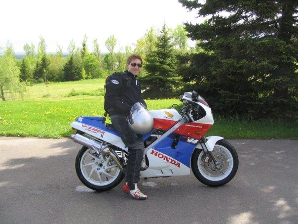 Honda NC24 VFR400R