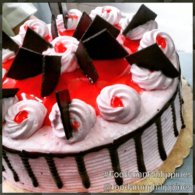 Choco Berry Much Limited-edition Cake Red Ribbon