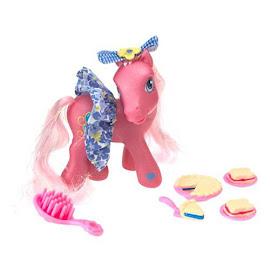 My Little Pony Pinkie Pie Pretty Pony Fashions Pie Party Fun G3 Pony