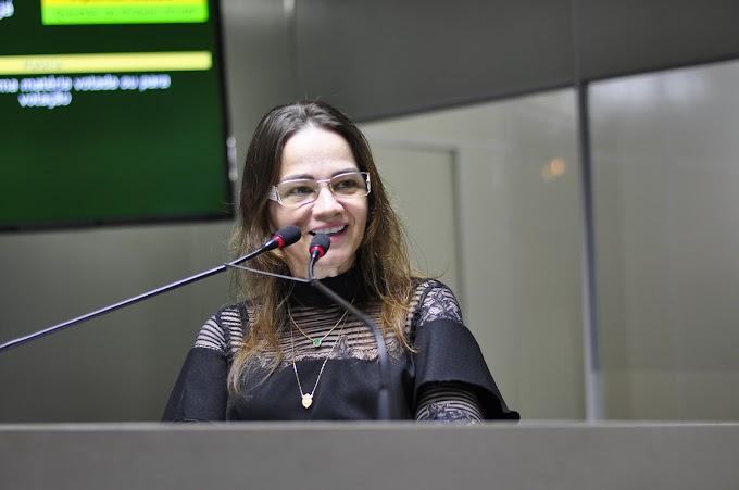 Ivonete realiza concurso público histórico na Câmara de Campina Grande