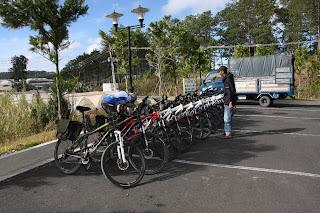 EXPLORE! Cycle Saigon to Hanoi