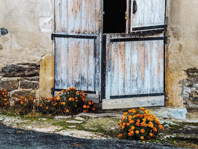 Oude deur in Menat