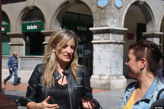 Bea Ilardia y María Solar