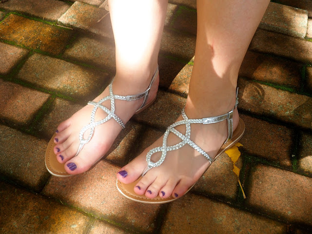 Shades for Days - outfit shoe details of silver strappy sandals