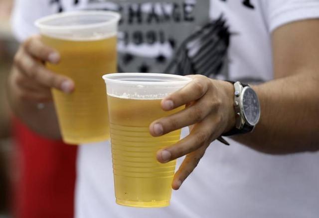 Beber más de cinco cervezas a la semana acorta la esperanza de vida