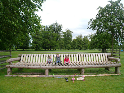 Oversized Long bench