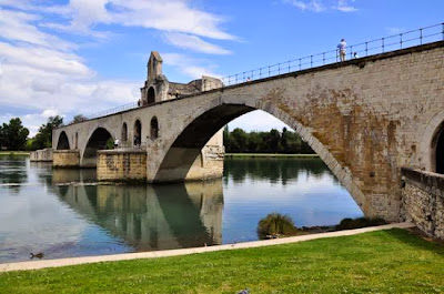 Tempat wisata di Avignon, France (Prancis)