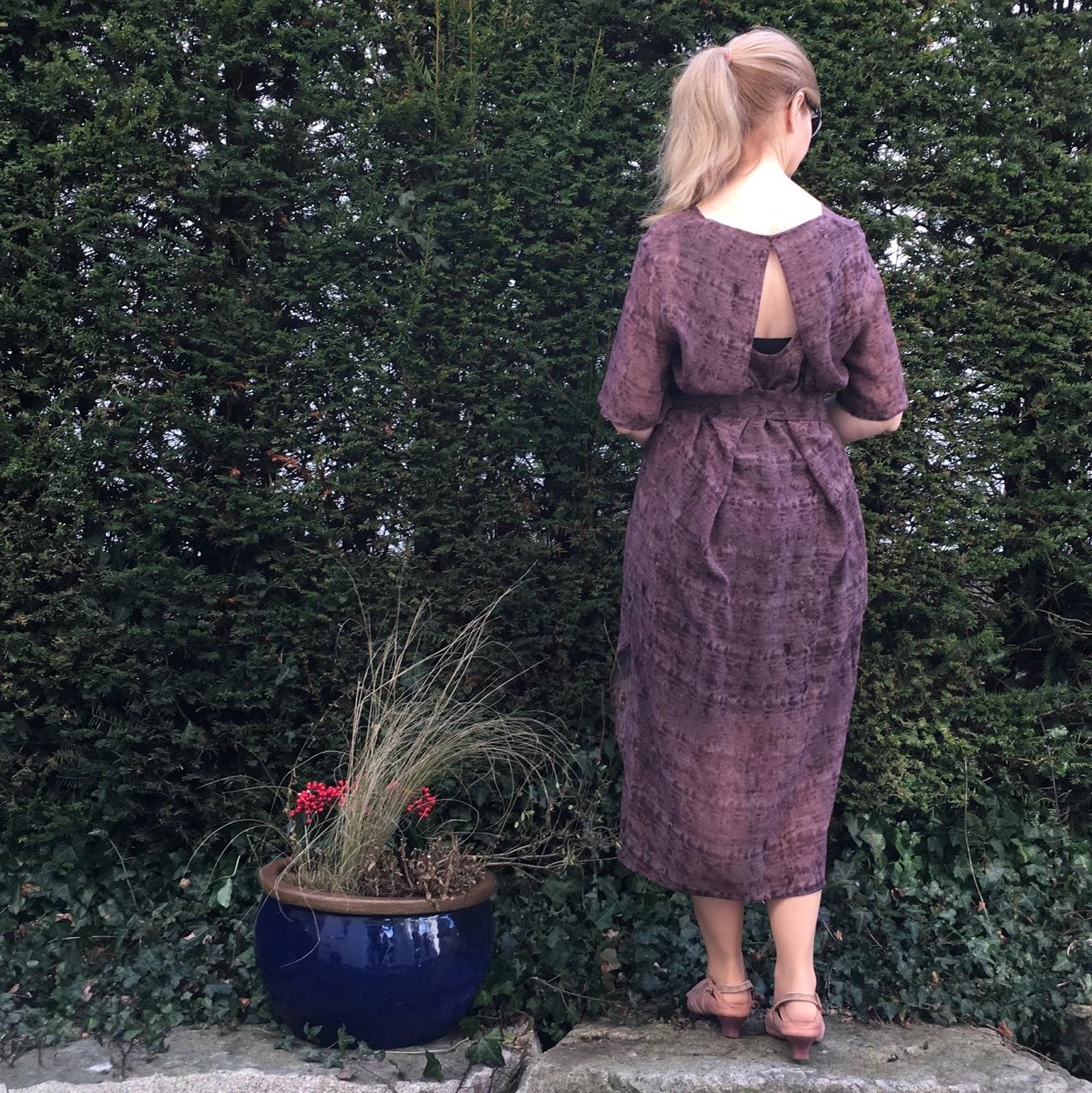 Alles neu macht der Mai!: Kobe dress and Mito slip dress, Papercut ...