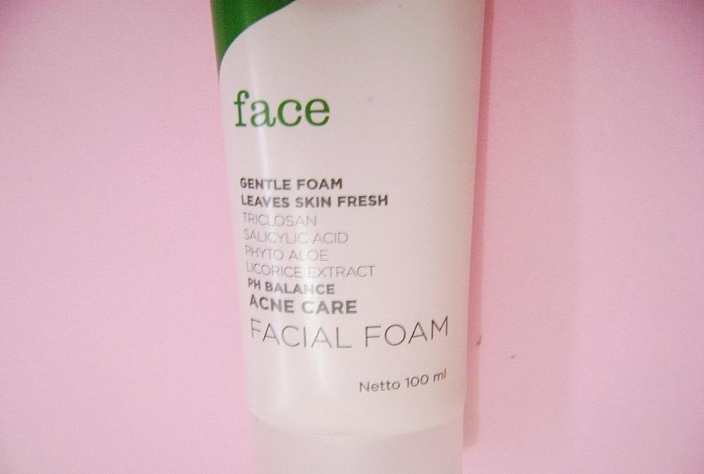Produk Untuk Menghilangkan Komedo Mineral Botanica Acne Care Facial Wash