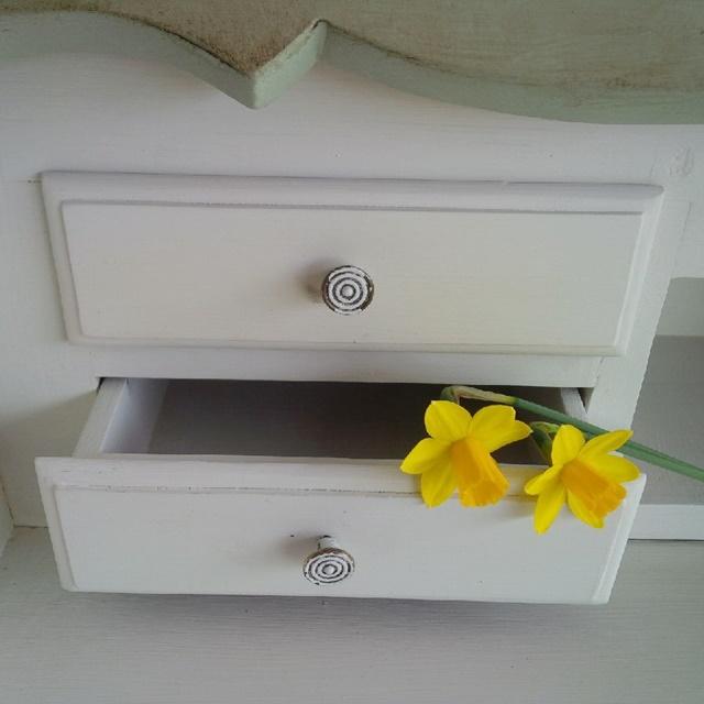 dettaglio cassetto scrittoio restyling