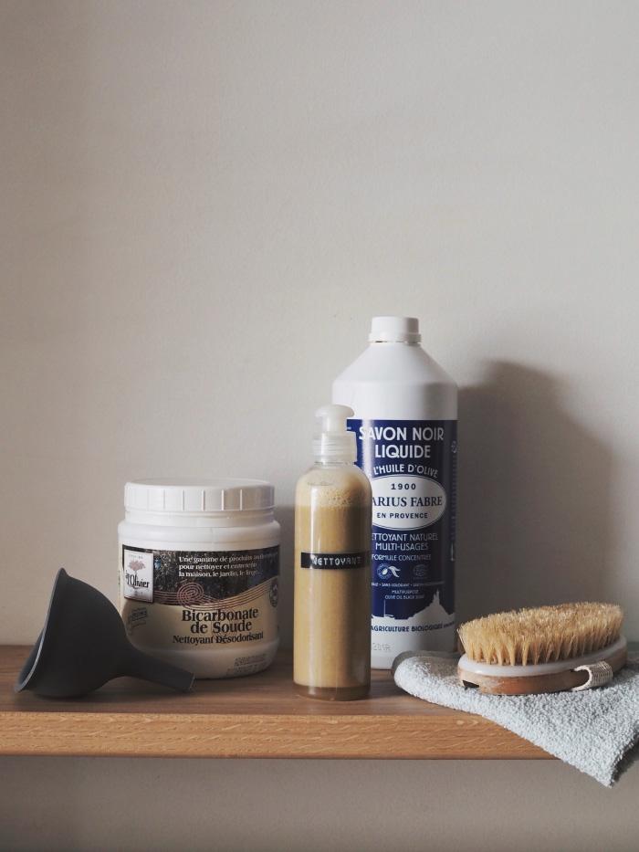 Recette de nettoyant multi-usage à base de savon noir liquide