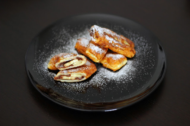 Ρολάκια Γαλλικού Τόστ γεμιστά με Πραλίνα Φουντουκιού και Μπανάνα / French Toast Rolls with Praline and Banana