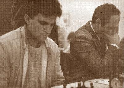 Los ajedrecistas Joaquín Hernández y Raül de Sousa Flores