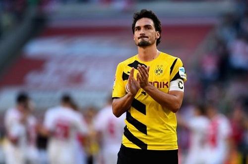 M.U đang tích cực theo đuổi trung vệ thủ quân của đội tuyển Dortmund, Mats Hummels