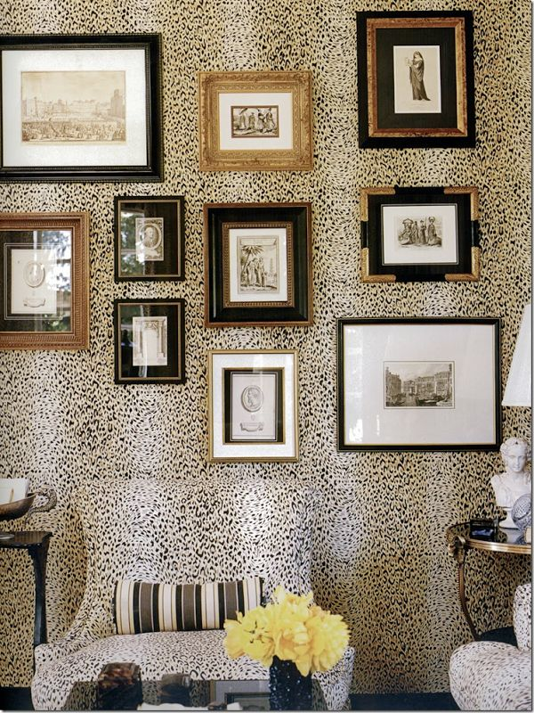 Gallery Wall Ideas To Copy Asap: 32 Creative Gallery Wall Ideas To Transform Any Room