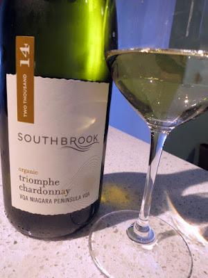 Southbrook Organic Triomphe Chardonnay 2014 - VQA Niagara Peninsula, Ontario, Canada (89 pts)