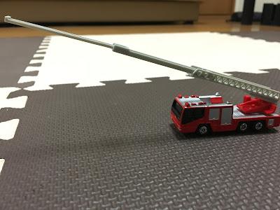 トミカ はしご消防車