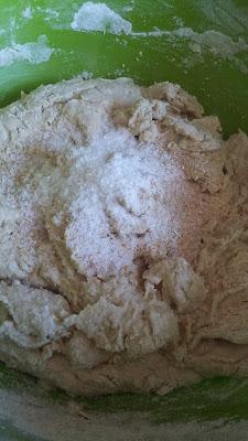 20160103 115501 - Baştan Sona;''Bir Ekmek Yapmak'' (Bu Kez Çavdar Unu Kullanarak)