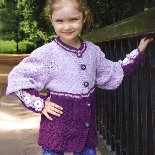Flower motif cardigan for girl - Free pattern