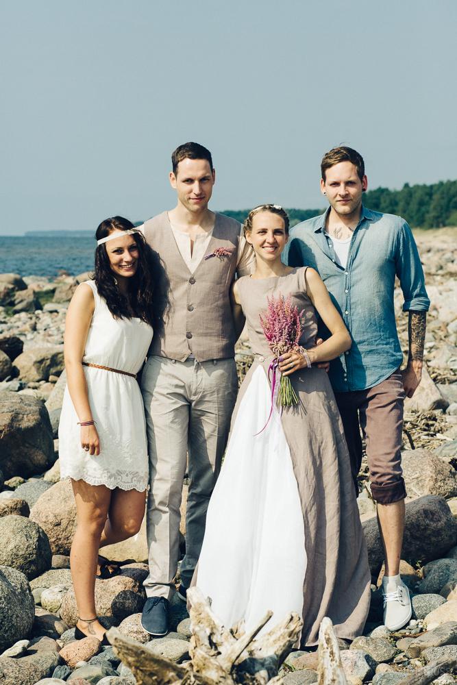 Lina kāzu kleita un lina uzvalks