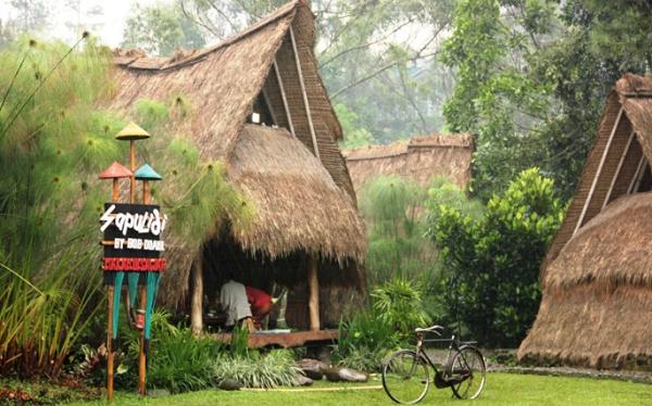 Tempat Wisata Sapu Lidi di Lembang