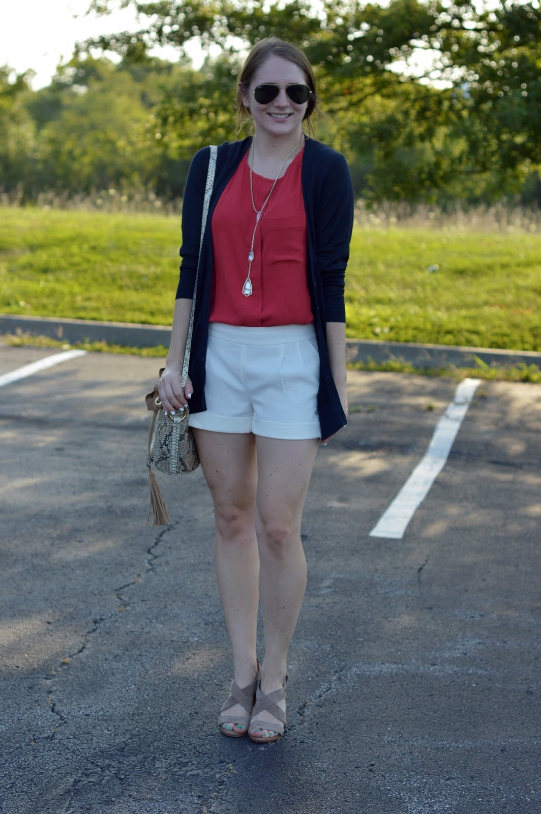 cute outfit ideas with white shorts | red, white, and blue outfit ideas | what to wear on labor day | shorts with block heeled sandals | summer outfit ideas |