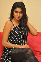 Akshida in Black Tank Top at Kalamandir Foundation 7th anniversary Celebrations ~  Actress Galleries 107.JPG