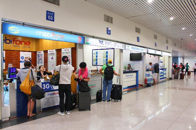 beli kartu sim di bandara saigon