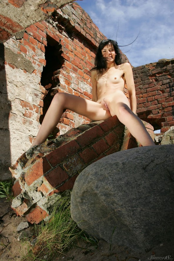 [Stunning18] Anais - On The Ruins re - idols