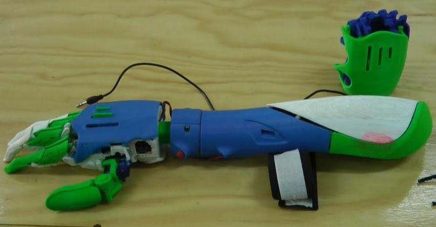 Estudiantes de la Universidad Continental de Huancayo innovan con prótesis biomédica 3D a bajo costo