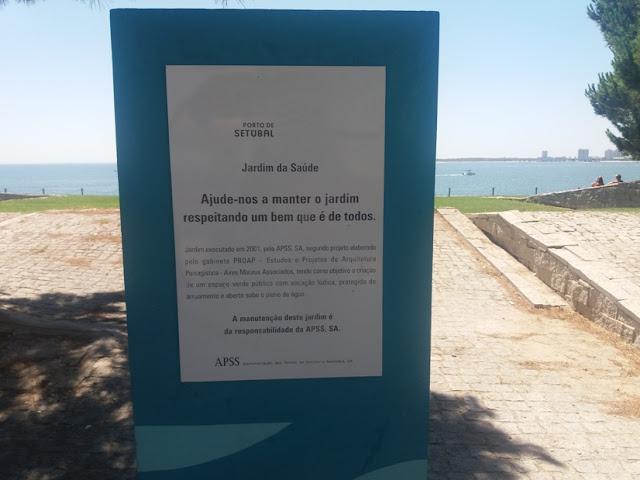 Placa do jardim da Saúde