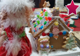 finished gingerbread house 1