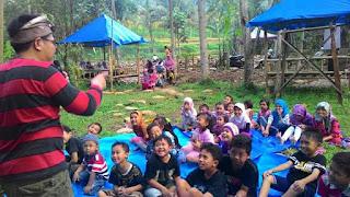 Kak Tony Sahabat Dongeng di Lembah Hijrah Kab Malang