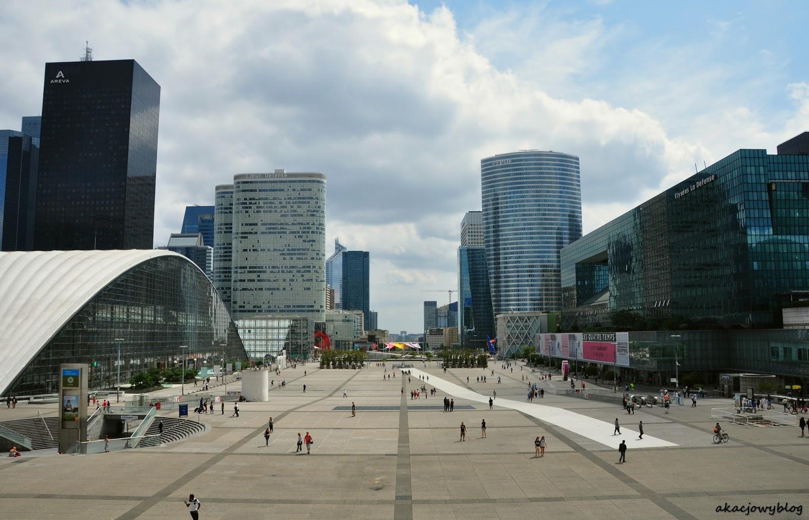 Paryż - La Défense.