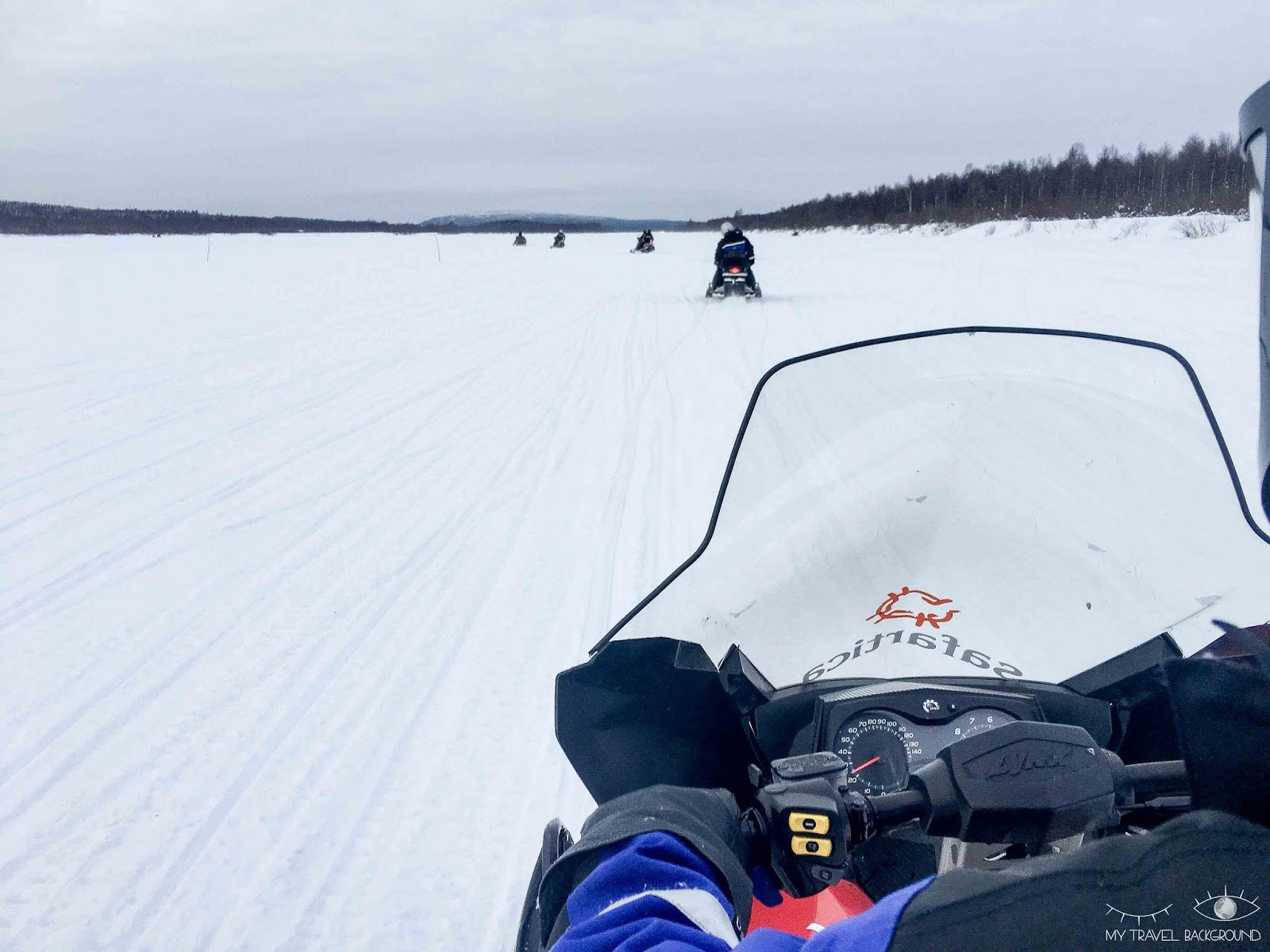 My Travel Background : Que faire à Rovaniemi en Laponie ? Moto-neige