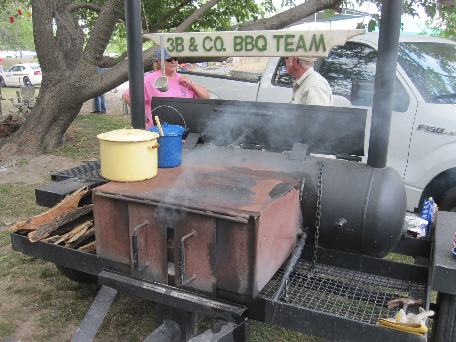 Man Up Tales Of Texas Bbq Mills County Cookoff Smokers