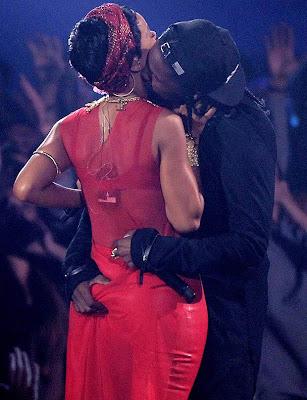 Rihanna - A$AP Rocky remas pantat