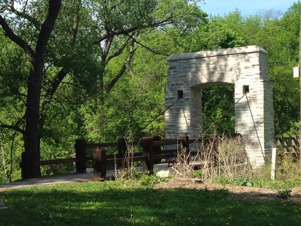 Milwaukee Sketch Club: Milwaukee Sketch Club at Hoyt Park 5/25/18
