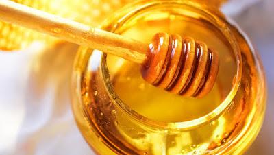 Benefits-of-honey-for-your-skin الفوائد السحرية للعسل الأبيض على البشرة