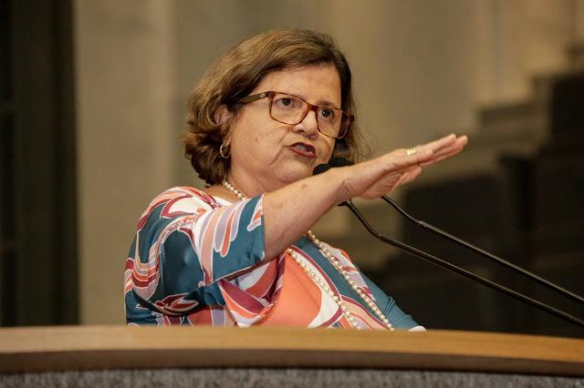 Teresa Leitão questiona suposto monitoramento da Igreja Católica pela Abin