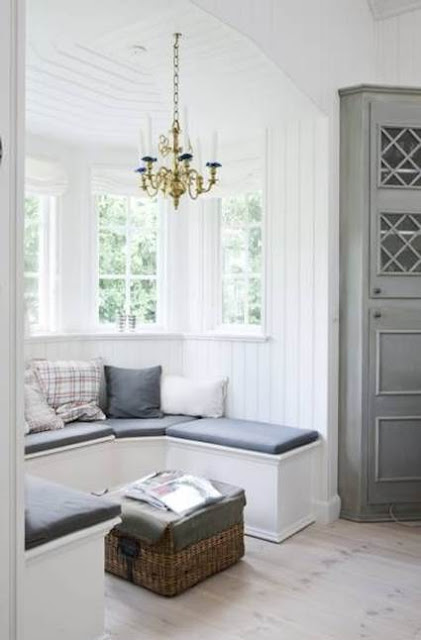 Lovely Nordic Style Window Seats Design 4