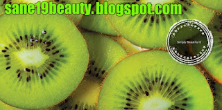 Kiwi treats dark circles.