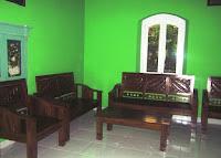 ruang tamu aulia penginapan karimun